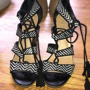 Indigo rd Black and White Lace up Tassle Heels